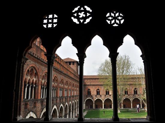 Pavia, Castello Visconteo (1860 clic)
