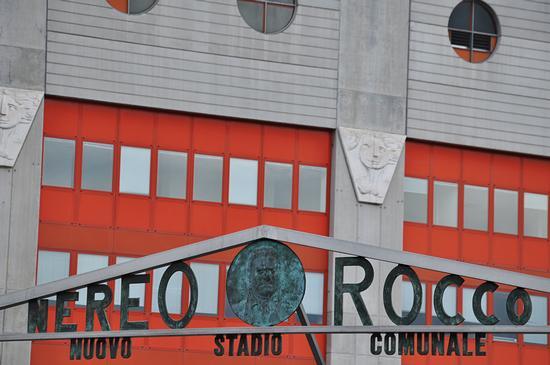 NUOVO STADIO COMUNALE NEREO ROCCO. - Trieste (726 clic)