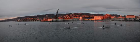tramonto sul porto - Trieste (1073 clic)