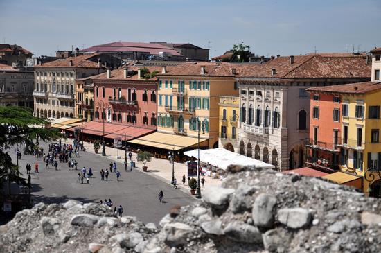 dall'arena di Verona (1167 clic)
