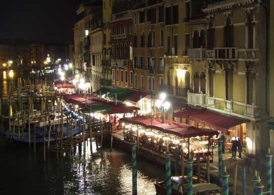 Vista Dal Ponte di Rialto di notte - Venezia (2879 clic)
