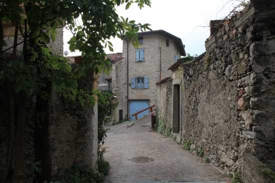 Villa di Tremosine - TREMOSINE - inserita il 09-Dec-09