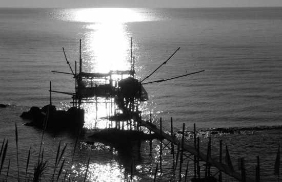Dall'alba al trabocco - Fossacesia (2197 clic)