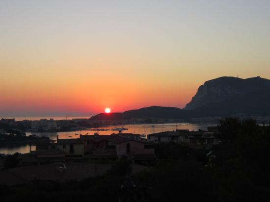 L'Alba a Golfo Aranci (1387 clic)