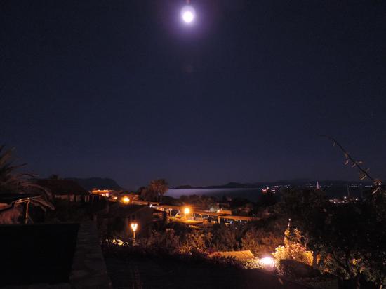 Una notte di luna piena - Golfo aranci (1529 clic)
