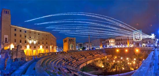 Lecce addobbata a festa (12889 clic)