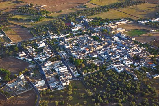 Panorama di Acaya foto aerea (6029 clic)