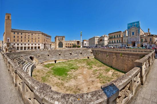 Lecce - Anfiteatro Romano | LECCE | Fotografia di Piero MARACA Fotografo Lecce