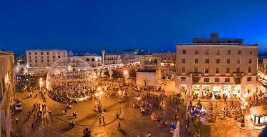 Piazza S. Oronzo Lecce - Fotografo Lecce, MARACA Fotografia (9867 clic)
