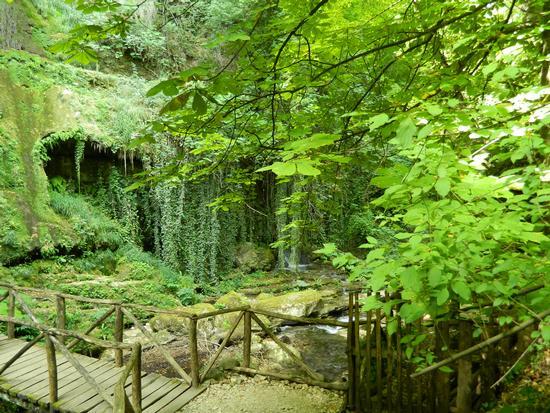 Cascata nella riserva naturale dell'Orfento - Caramanico terme (1977 clic)
