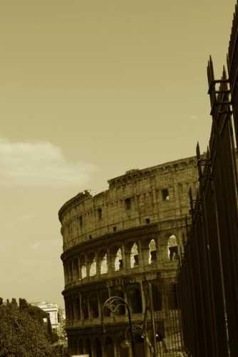 ph Roma il colosseo (1897 clic)