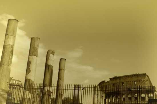 ph Roma il colosseo (1984 clic)