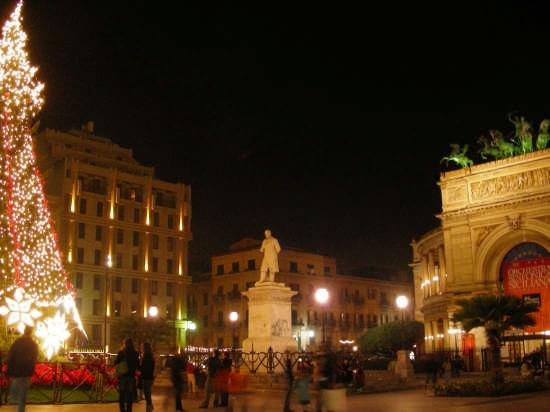 Palermo by night (4860 clic)