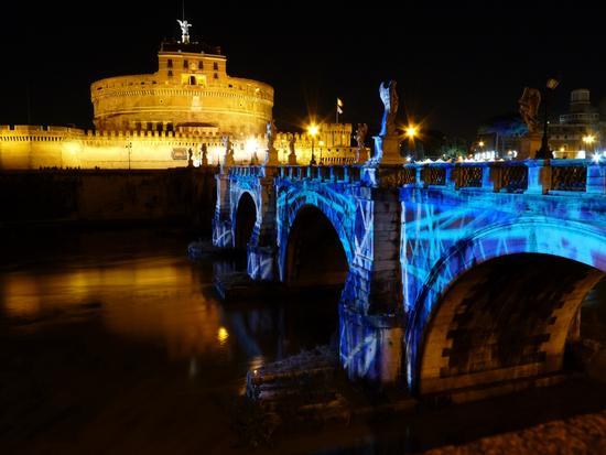 Roma notturna - Castel Sant'Angelo e il suo Ponte (11124 clic)