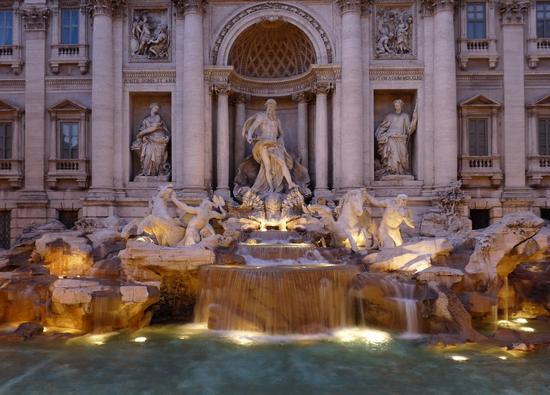 Fontana di Trevi. La più bella del mondo - ROMA - inserita il 27-Feb-11