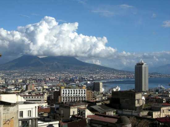 Panorama di Napoli (3369 clic)