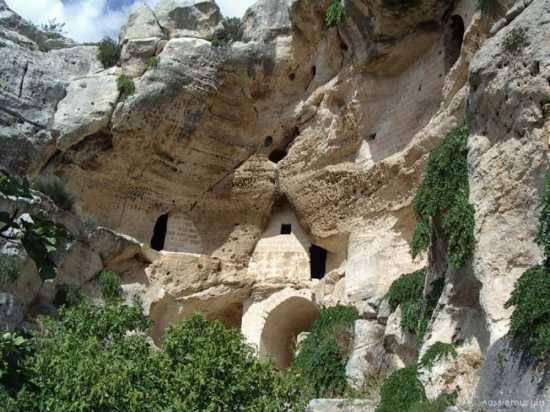 la citta più bella del mondo: Sassi di Matera (3548 clic)