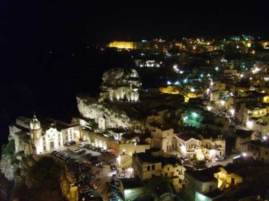 la citta più bella del mondo: Sassi di Matera (3634 clic)