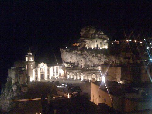 la citta più bella del mondo: Sassi di Matera (5643 clic)