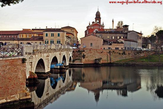 Il Ponte di Tiberio - Rimini (3987 clic)