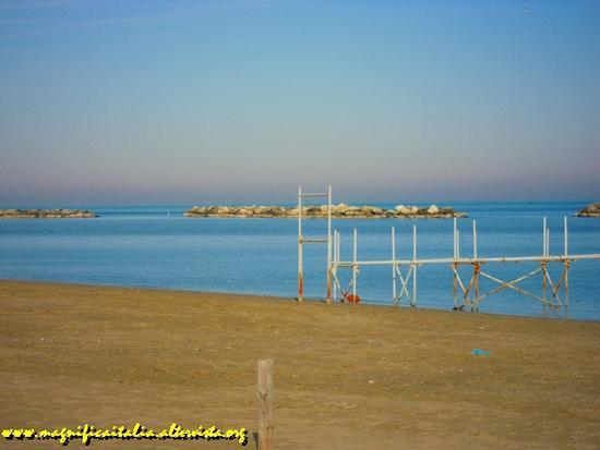 Spiaggia e mare in inverno - Igea marina (2051 clic)