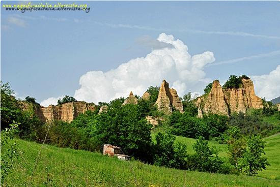 Le Dolomiti del Valdarno - Castelfranco di sopra (2996 clic)
