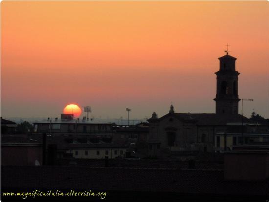 Cesena all'alba (3094 clic)