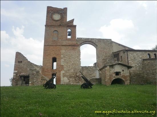 Chiesa della pace in localita' Trarivi - Montescudo (1724 clic)