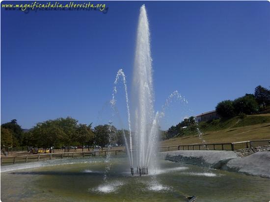 L'allegria dell' acqua... - Fabriano (2654 clic)