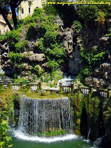 Villa d'Este, la Fontana dell' Ovato - Tivoli (1821 clic)
