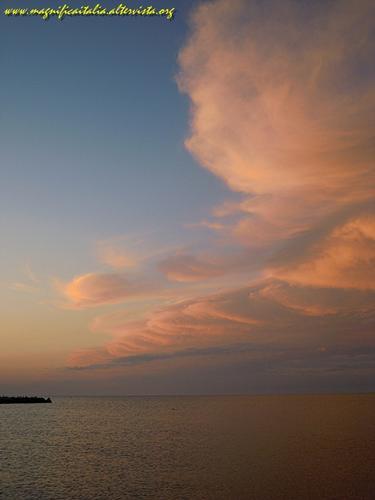 La luce calda del tramonto - Rimini (1772 clic)