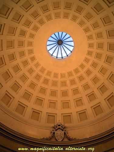 Interno della bellissima cupola della Chiesa di Santa Cristina - Cesena (3473 clic)