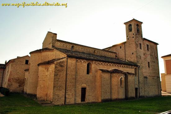 Abbazia Benedettina di S.Maria di Moie (2218 clic)