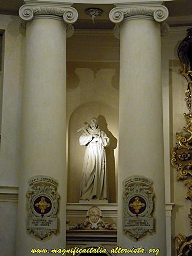 Interno della Chiesa di Santa Cristina - Cesena (1910 clic)