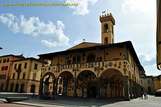 Palazzo Arnolfo - San giovanni valdarno (1268 clic)