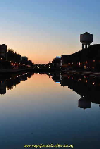 Riflessi al tramonto - Cesenatico (2192 clic)
