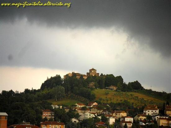 E' in arrivo il temporale... - Cesena (2838 clic)