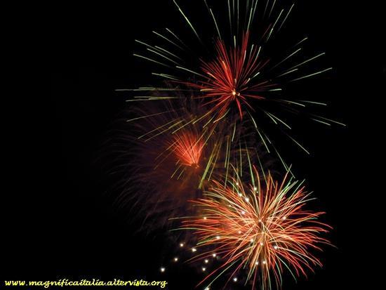 Fuochi d'artificio sul mare - Cesenatico (3242 clic)