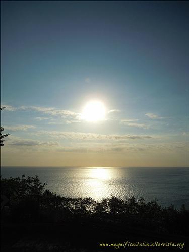 Alba sul mare di Sirolo (3923 clic)