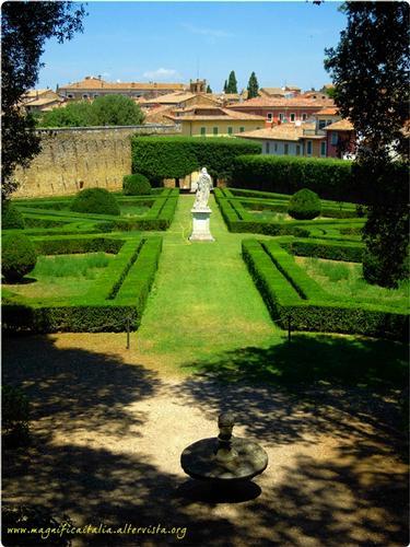 Horti Leonini, i giardini di San Quirico d'Orcia. (3389 clic)