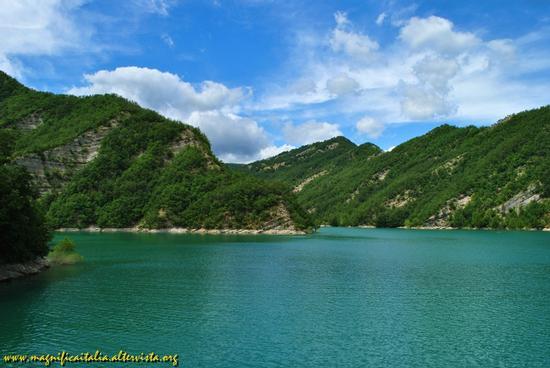 Il Lago artificiale di Ridracoli - Bagno di romagna (1884 clic)