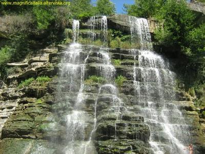 Cascata del torrente Alferello - Alfero (5464 clic)