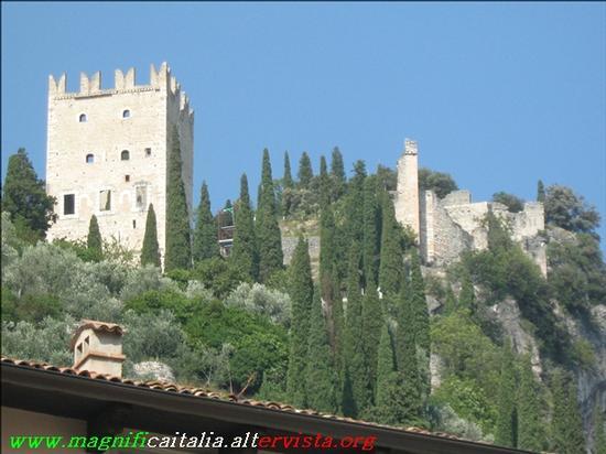 Il Castello - Arco (2489 clic)