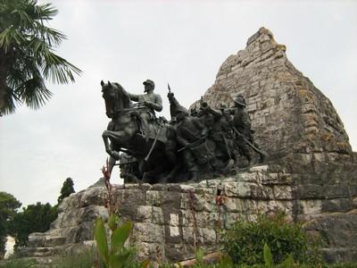 Monumento in ricordo della battaglia risorgimentale - Castelfidardo (4219 clic)