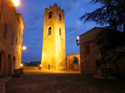 La torre del castello - Longiano (2251 clic)