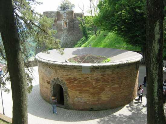 Pozzo di San Patrizio. - ORVIETO - inserita il 22-May-10
