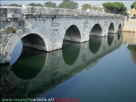 Ponte di Tiberio - Rimini (2277 clic)