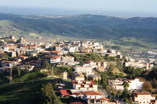 paesaggio - Casabona (2984 clic)
