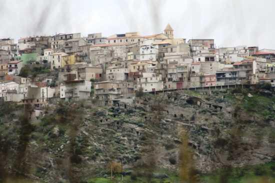 paesaggio - Casabona (2795 clic)