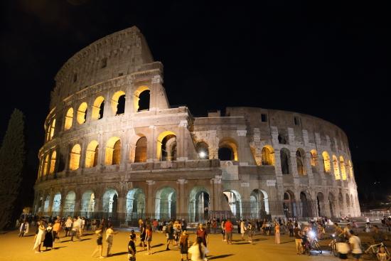 Colosseo - Roma (126 clic)